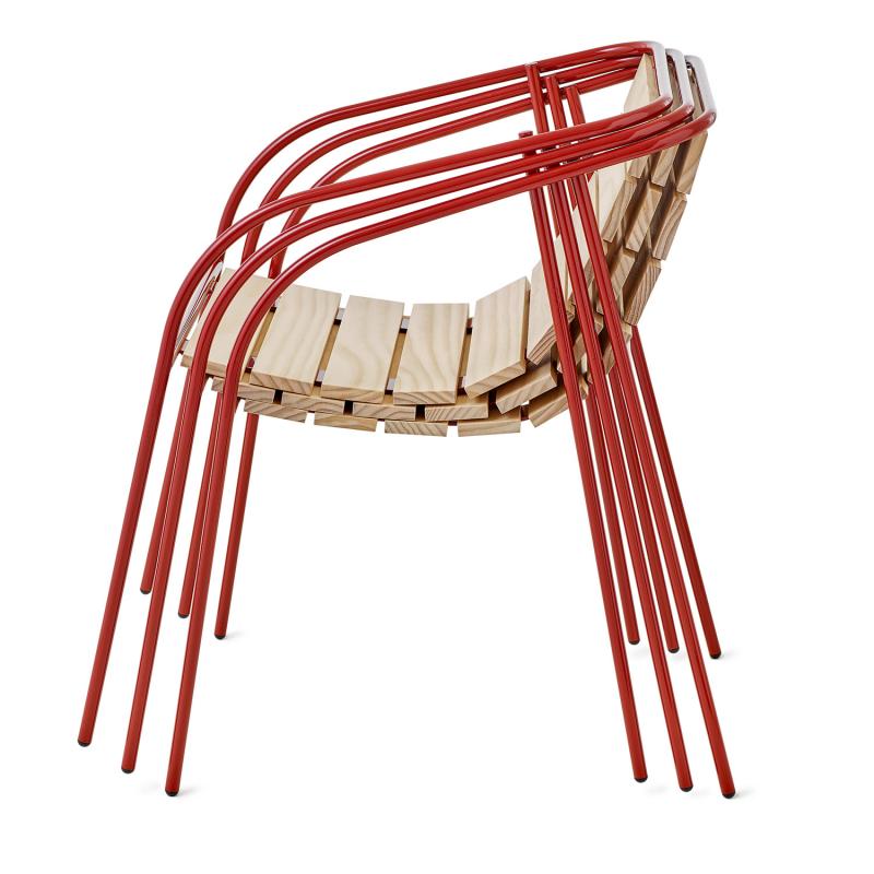 «Принцип матрёшки» для хранения стульев